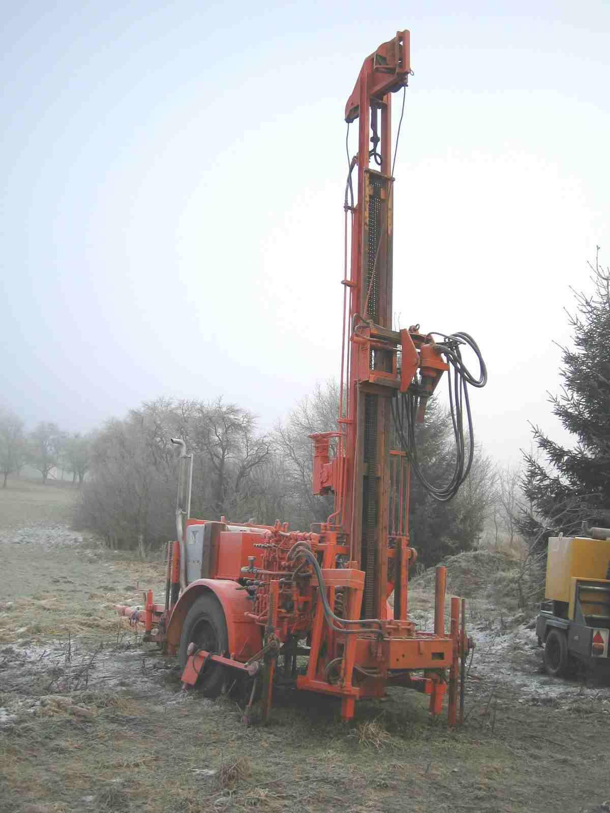 Vanzare instalatie de foraj pentru puturi de apa si pompe de caldura Witte Bohrtechnik BA120